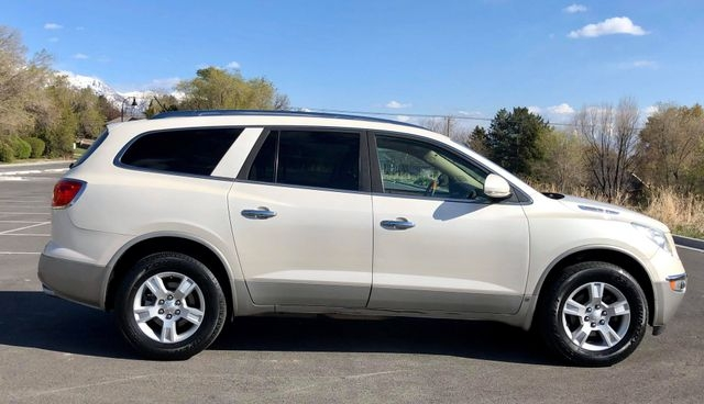 Buick Enclave 2008 price $7,500