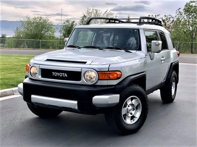 Toyota FJ Cruiser 2008 price $15,500