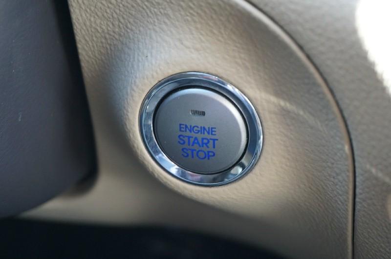 Hyundai Genesis 2010 price $9,900