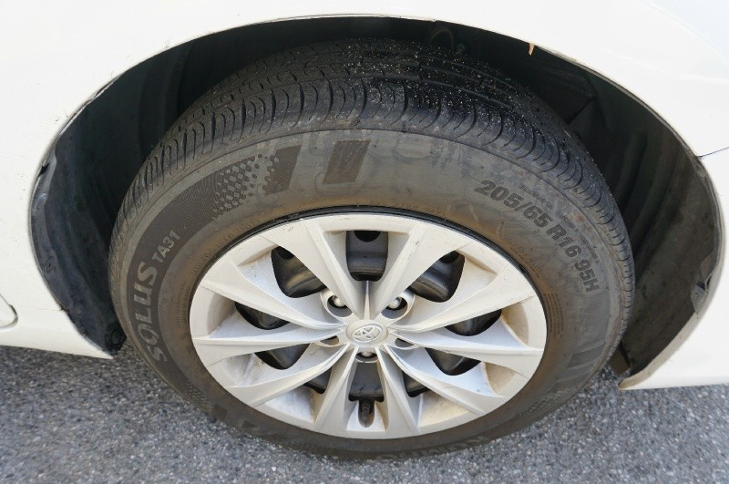 Toyota Camry 2015 price $12,900