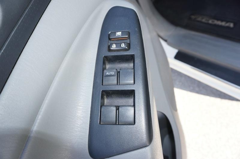 Toyota Tacoma 2014 price $19,900