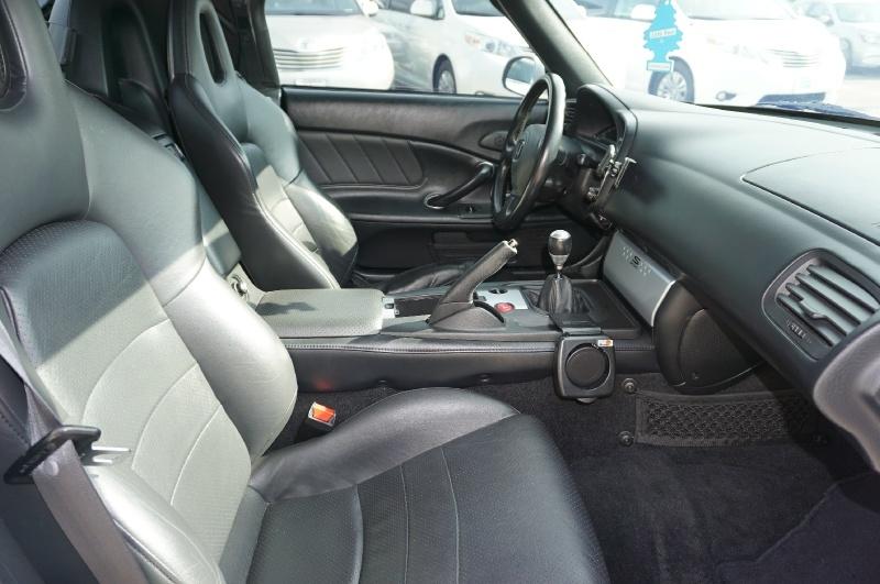 Honda S2000 2005 price $19,900