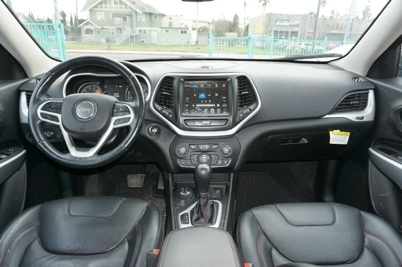 Jeep Cherokee 2018 price $24,900