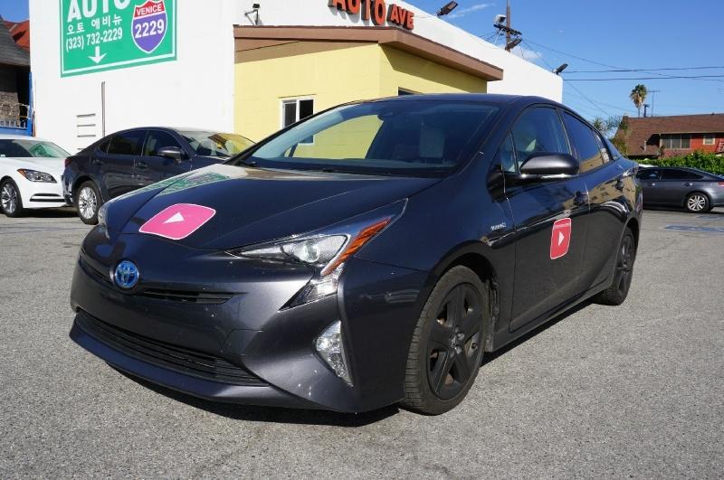 Toyota Prius 2016 price $15,900