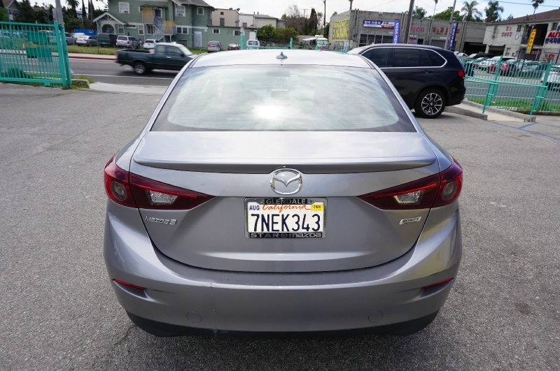 Mazda Mazda3 2015 price $13,900