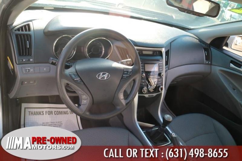 Hyundai Sonata 2012 price $7,291