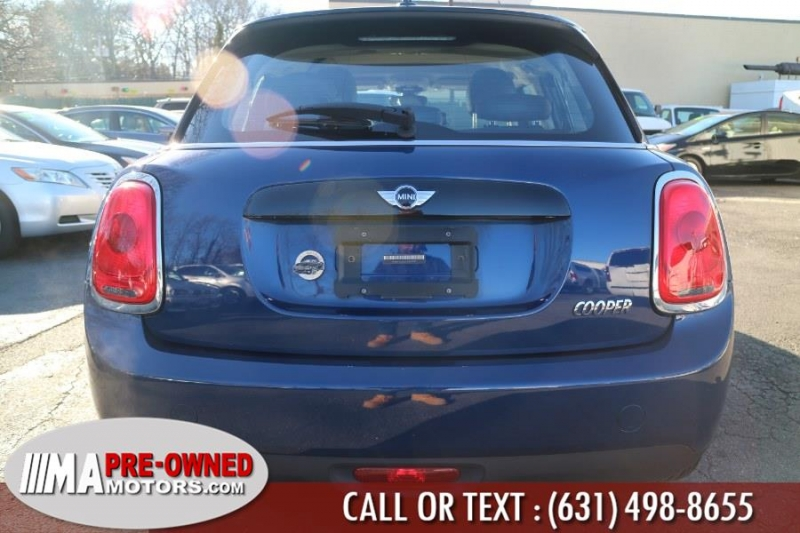 MINI Cooper Hardtop 4 Door 2016 price $12,995