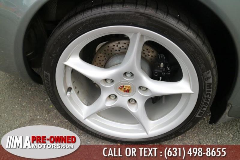 Porsche 911 Carrera 2004 price $32,995