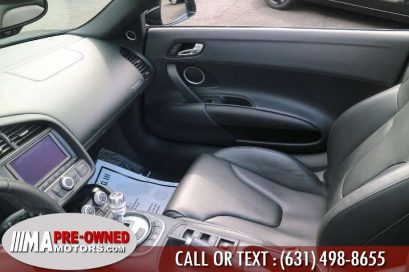 Audi R8 quattro v10 AWD 2012 price $94,888