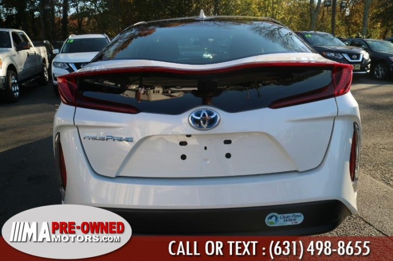 Toyota Prius Prime PLUG IN 2017 price $20,991