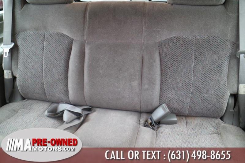 Chevrolet Suburban 2002 price $3,990