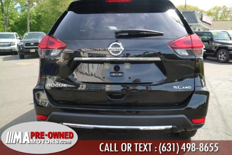 Nissan Rogue 2017 price $22,495
