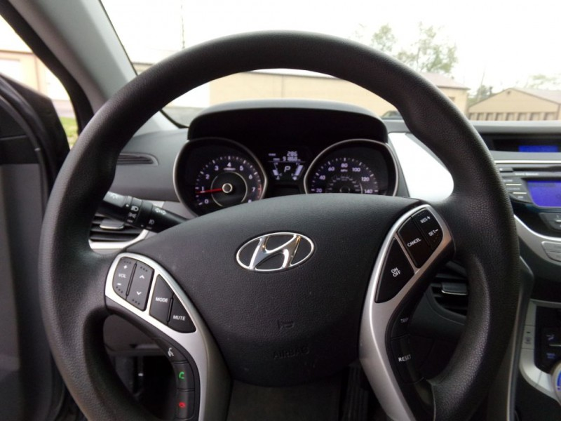 Hyundai Elantra 2012 price $6,990