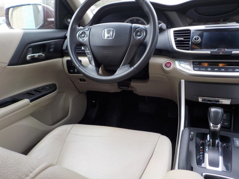 Honda Accord 2013 price $9,995