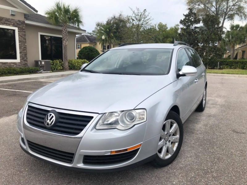 Volkswagen Passat 2008 price Call for Pricing.