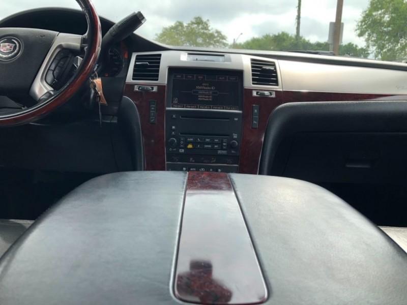 Cadillac Escalade 2007 price Call for Pricing.