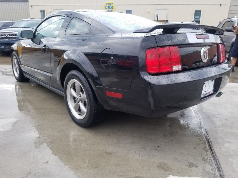 Ford Mustang 2006 price $4,995 Cash
