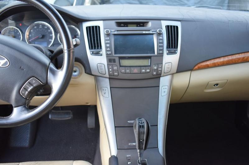 Hyundai Sonata 2009 price $3,995 Cash