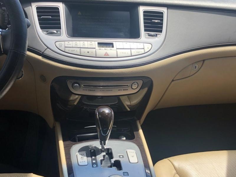 Hyundai Genesis 2010 price $5,995 Cash