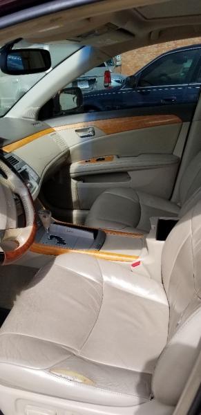 Toyota Avalon 2005 price $3,995 Cash