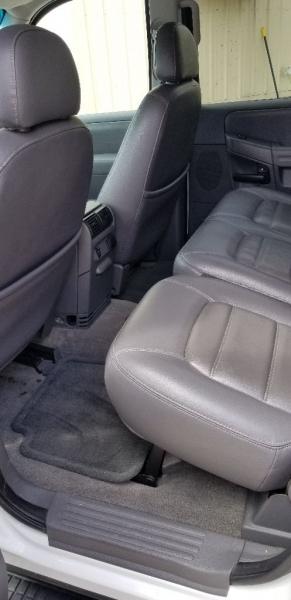 Ford Explorer 2002 price $3,995 Cash