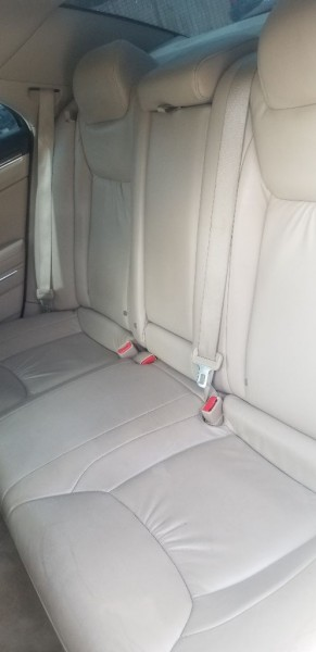 Chrysler 300 2011 price $7,995 Cash