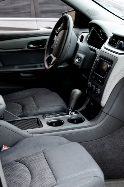 Chevrolet Traverse 2014 price $9,999