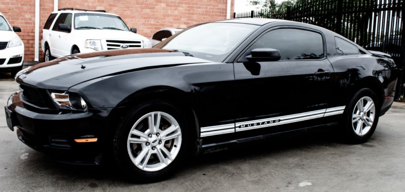 Ford Mustang 2011 price $6,999 Cash