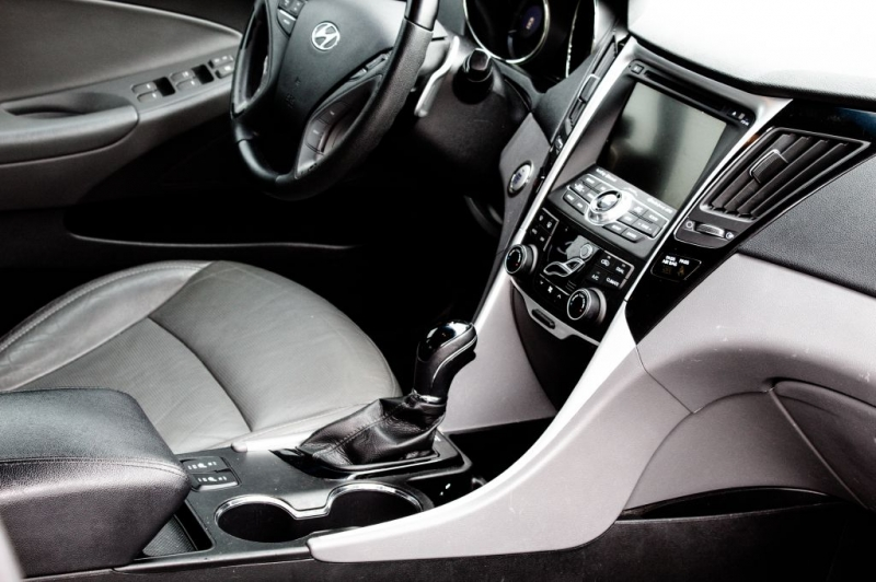 Hyundai Sonata 2013 price $9,995 Cash