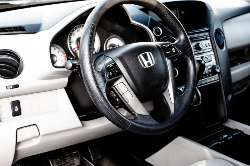 Honda Pilot 2012 price $9,998 Cash