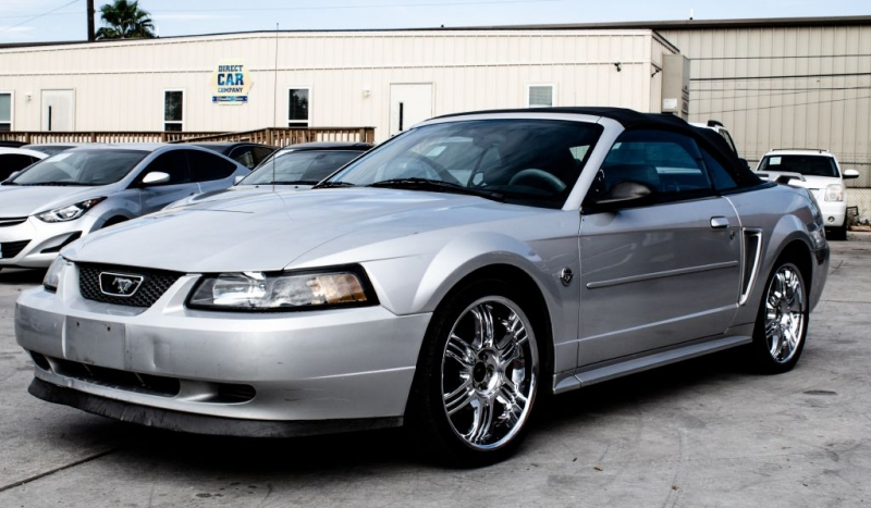 Ford Mustang 2004 price $4,999