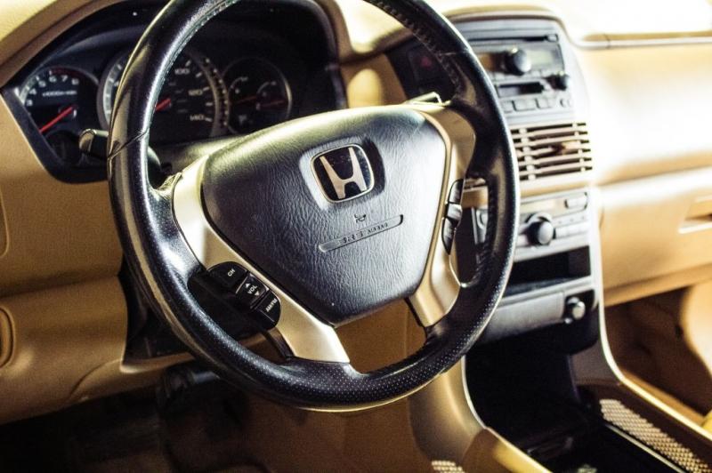 Honda Pilot 2003 price $4,999 Cash