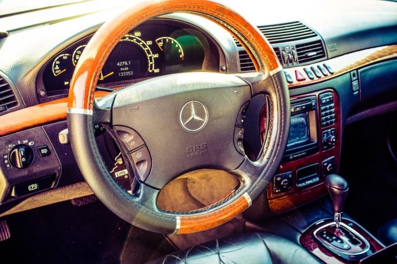 Mercedes-Benz S-Class 2000 price $3,999 Cash