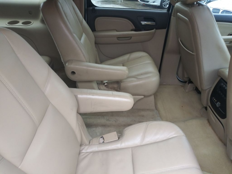 GMC Yukon XL 2007 price $7,899 Cash