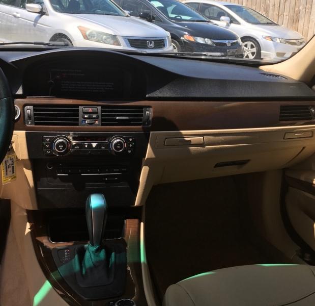 BMW 3 Series 2010 price $6,999