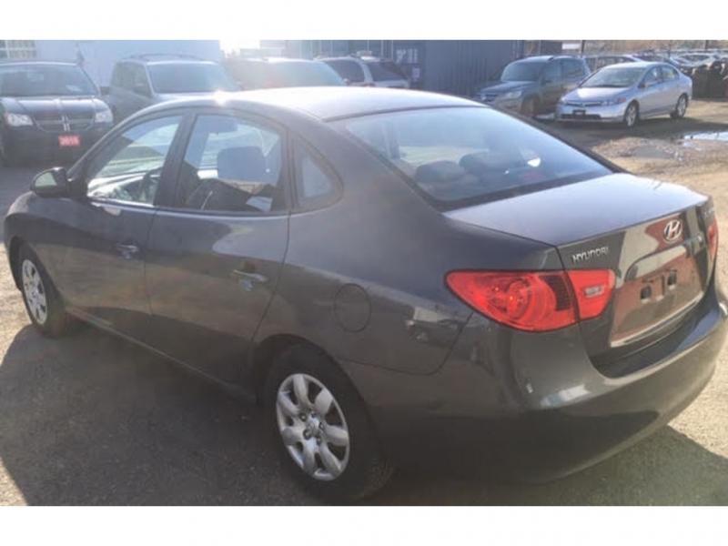 Hyundai Elantra 2009 price $4,200