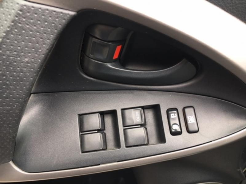 Toyota RAV4 2008 price $9,000