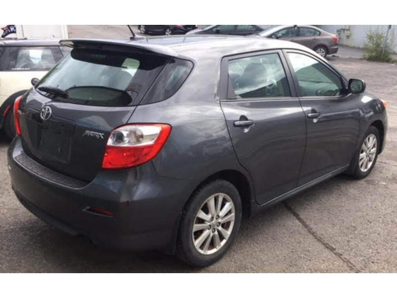 Toyota Matrix 2010 price $7,900