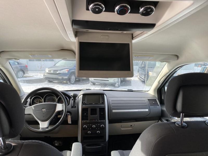 Dodge Grand Caravan 2010 price $7,700