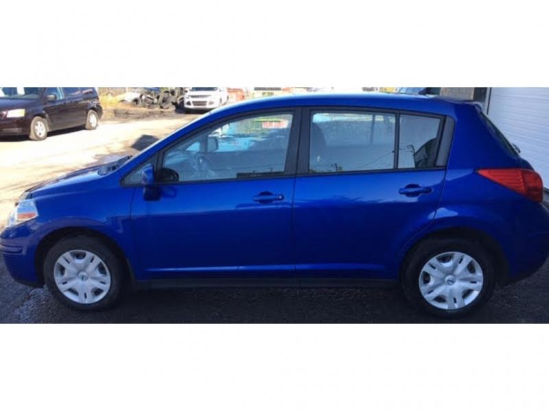 Nissan Versa 2011 price $5,900