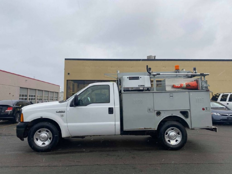 FORD F350 2006 price $7,995
