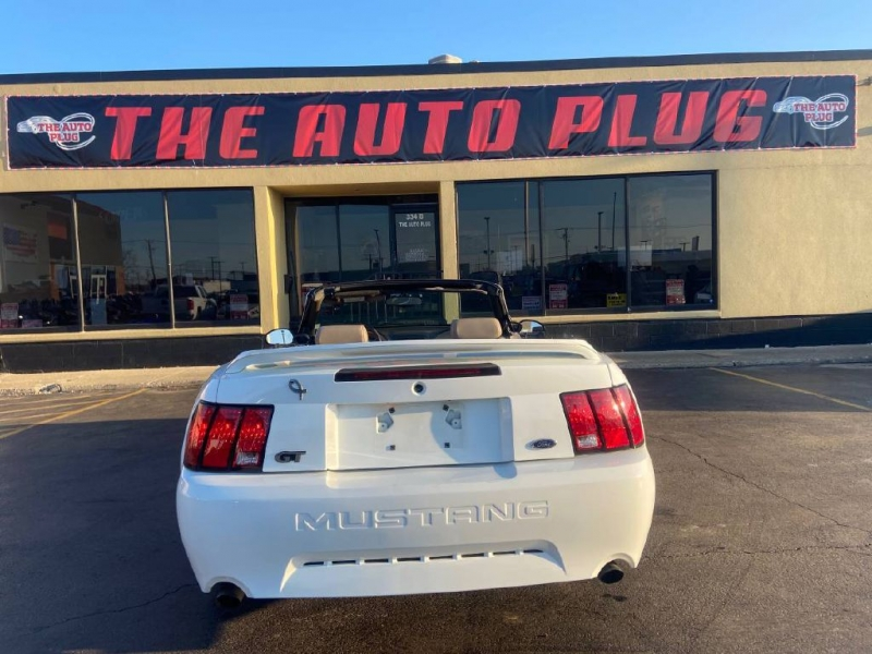 FORD MUSTANG 2000 price $6,495