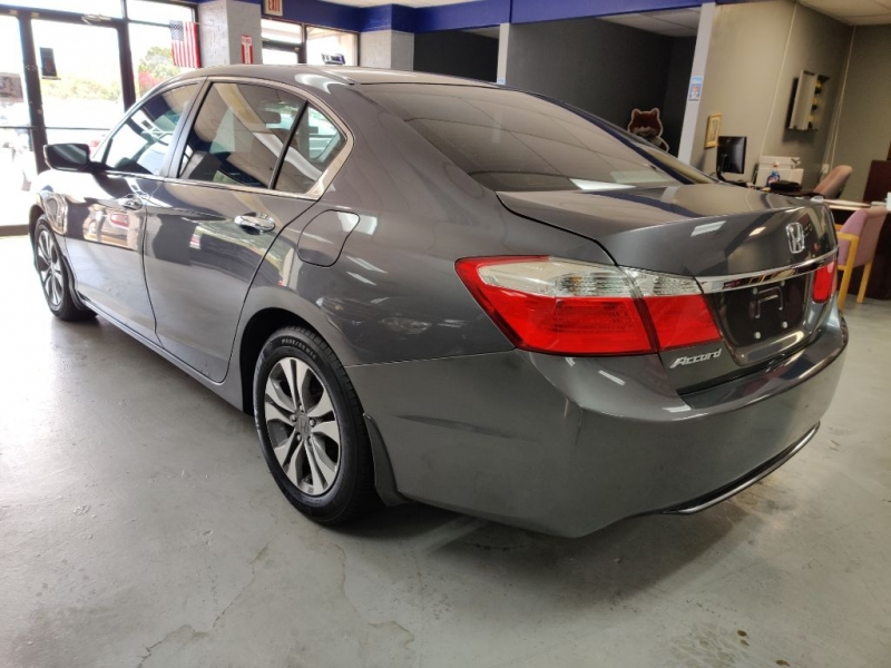 HONDA ACCORD 2013 price $12,850 Cash