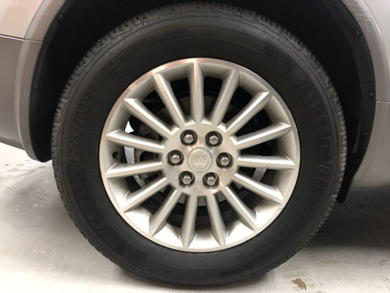 BUICK ENCLAVE 2011 price $10,550