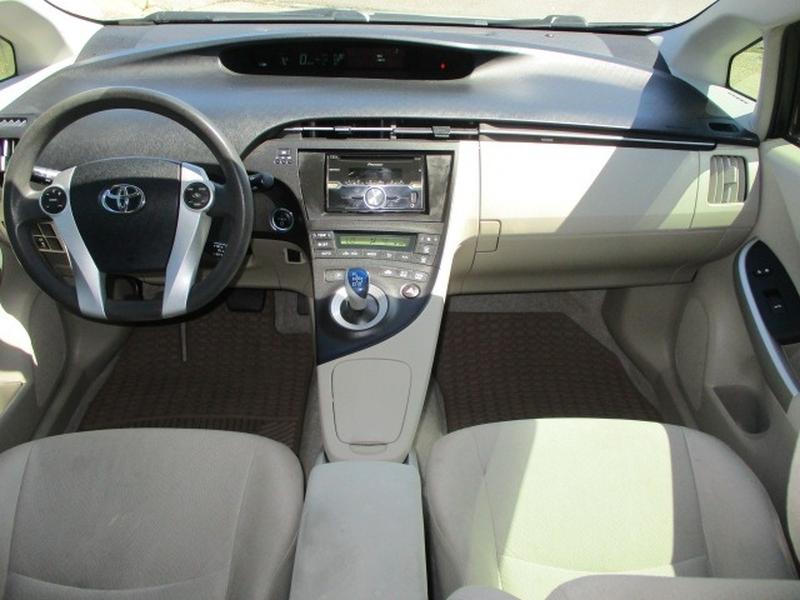 Toyota Prius 2010 price $5,795 Cash