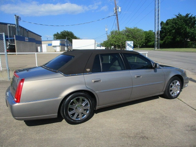 Cadillac DTS 2006 price $7,995 Cash