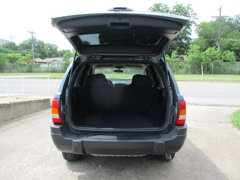 Jeep Grand Cherokee 2004 price $4,495 Cash
