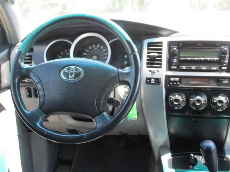 Toyota 4Runner 2006 price $7,650 Cash