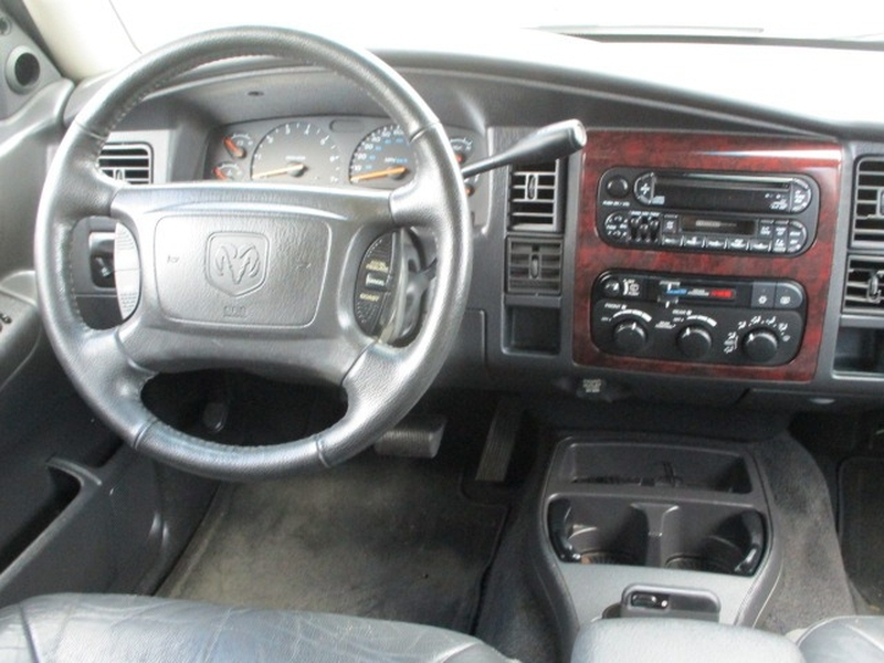 Dodge Durango 2001 price $2,995 Cash