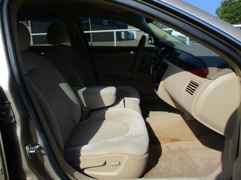 Buick Lucerne 2006 price $5,995 Cash
